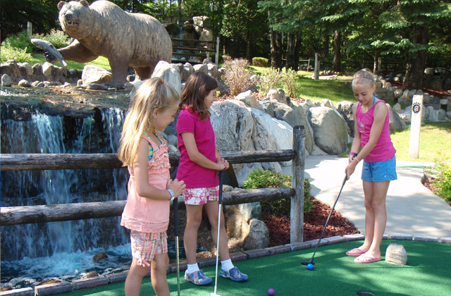 18 Hole Adventure Golf - Northern Michigan Family Vacations